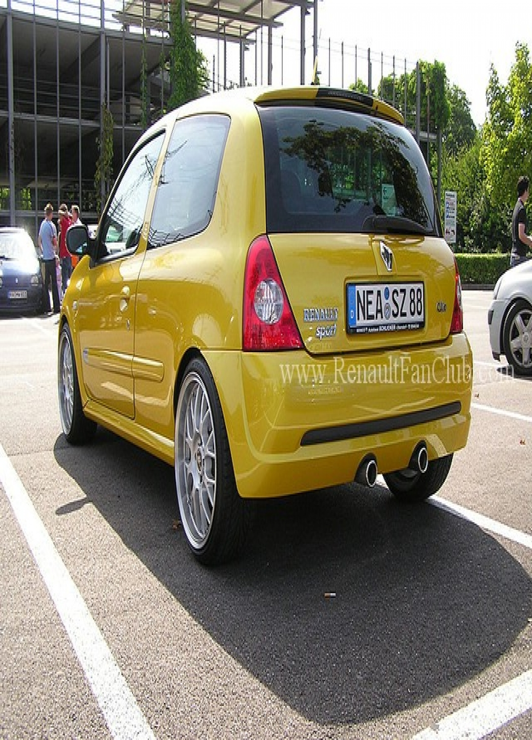 renault clio 2 spor yay 5 cm fk tuning shop oto. Black Bedroom Furniture Sets. Home Design Ideas